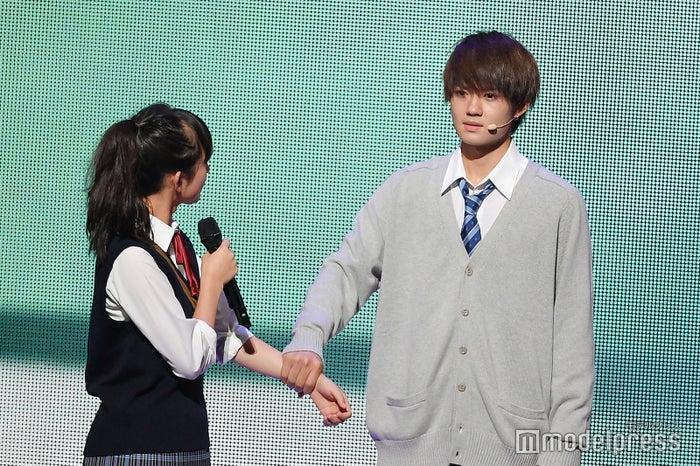 清原果耶、佐野勇斗(C)モデルプレス