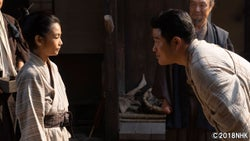 鈴木亮平「距離感を大事に表現」『万引き家族』の城桧吏が息子役で初登場『西郷どん』