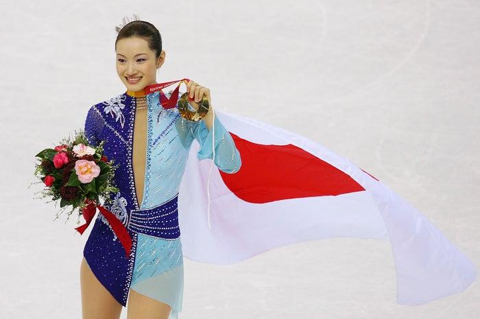トリノ五輪金メダルの荒川静香 (Photo by Getty Images)