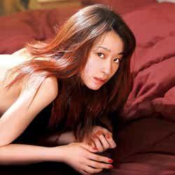 モデルプレス - 瀬戸康史の妹・瀬戸さおり、映画初主演作で殺人鬼に 妖艶ビジュアルも<愛の病>