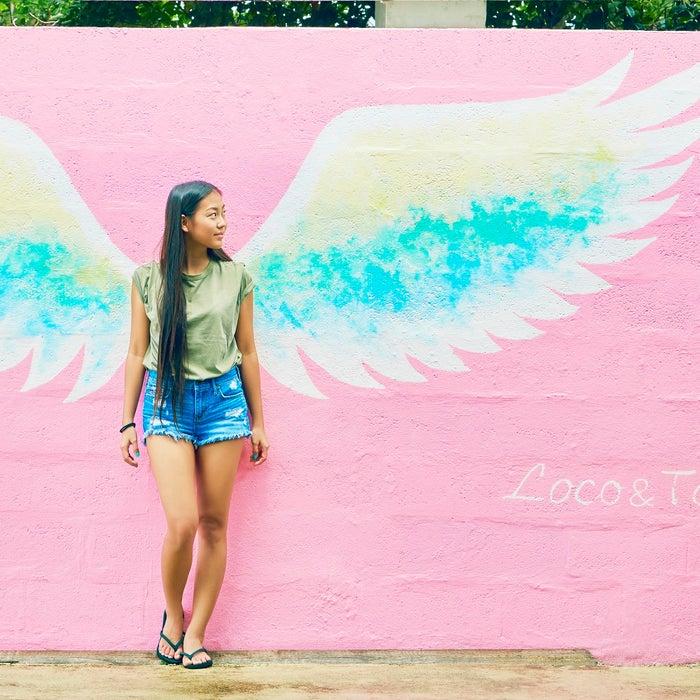 絶対撮りたい!「ロコ&タコ スモークダイニングバー」の天使の羽アート(C)マリアナ政府観光局/MVA
