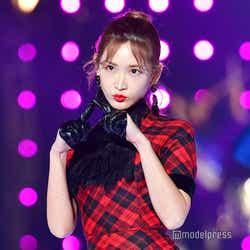 モデルプレス - 紗栄子、若き日の両親を公開「そっくり」「美形家族」の声