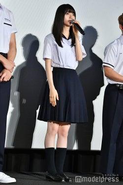 齋藤飛鳥の制服姿が可愛い!(C)モデルプレス
