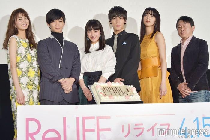 (左から)岡崎紗絵、千葉雄大、平祐奈、中川大志、池田エライザ、古澤健監督 (C)モデルプレス
