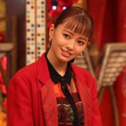 山本舞香「長瀬さんに話しかけられるとドキドキしちゃう♡」本番中に訪れた恋に、松岡が「ハニーの顔をするな」