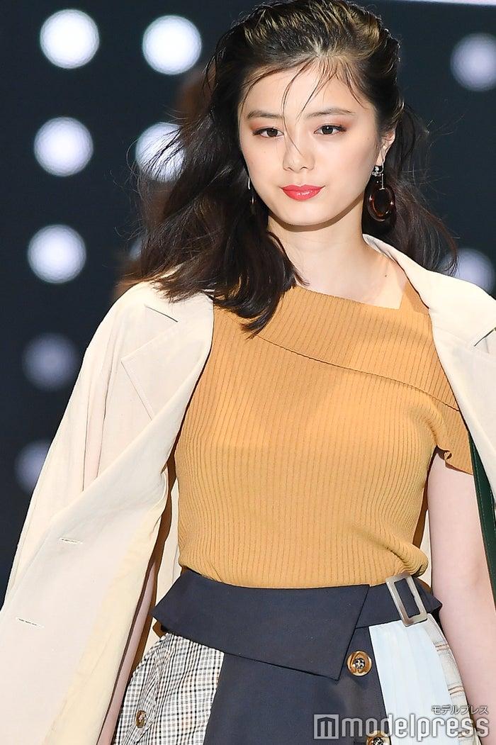 紺野彩夏(C)モデルプレス