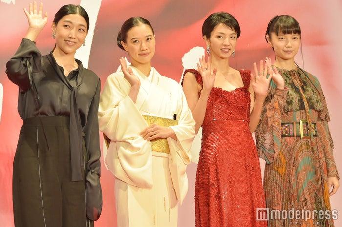 安藤サクラ、蒼井優、満島ひかり、宮崎あおい (C)モデルプレス