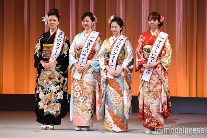 (左から)葛谷まりんさん、芹川有里さん、松田和佳さん、上運天美聖さん(C)モデルプレス