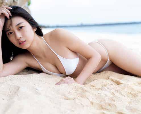 モー娘。牧野真莉愛、圧巻プロポーションで水着着こなす 20歳記念写真集