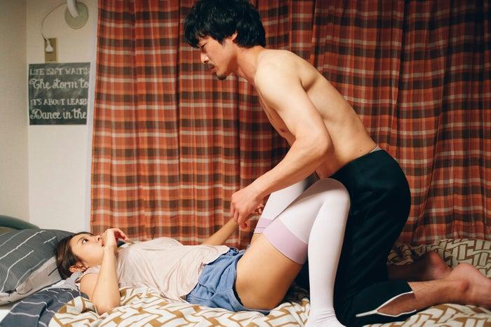 第5話 「最高のSEXをする女」より/夏菜、和田聰宏(C)「下北沢ダイハード」製作委員会
