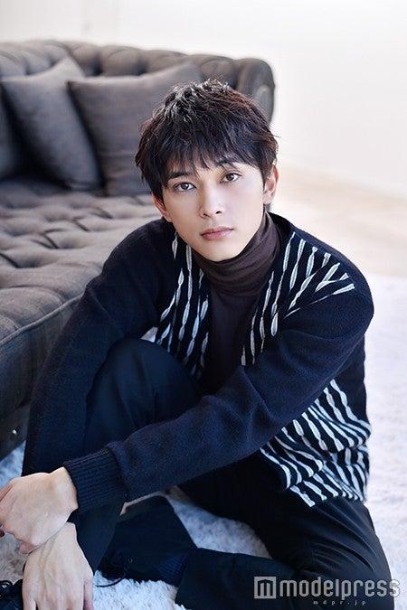 モデルプレスのインタビューに応じた吉沢亮(C)モデルプレス