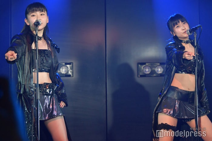「Blue Rose」大竹ひとみ、大竹ひとみ/AKB48柏木由紀「アイドル修業中」公演(C)モデルプレス