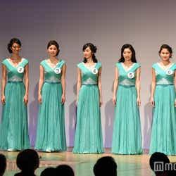 ドレス審査の様子(C)モデルプレス
