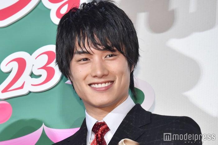 映画「リベンジgirl」(12月23日公開)の完成披露イベントに登壇した鈴木伸之 (C)モデルプレス