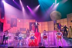 乃木坂46 (C)武内直子・PNP/乃木坂46版 ミュージカル「美少女戦士セーラームーン」製作委員会