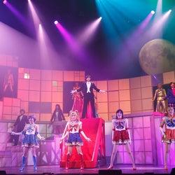 乃木坂46(C)武内直子・PNP/乃木坂46版 ミュージカル「美少女戦士セーラームーン」製作委員会