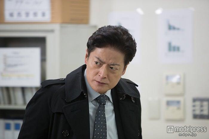 陣内孝則/ドラマ『黒い画集-草-』より