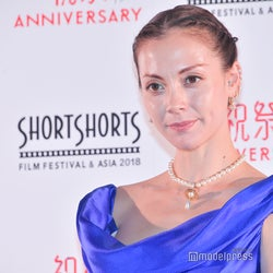 土屋アンナ、次女の動画公開に反響「アンナちゃんにそっくり」「すでに美少女」