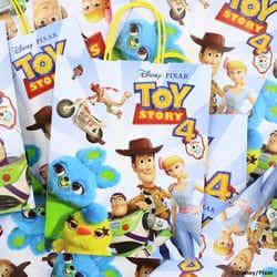物販コーナーで1,000円以上利用者対象のショッパー(C)Disney/Pixar(C)POOF-Slinky,LLC