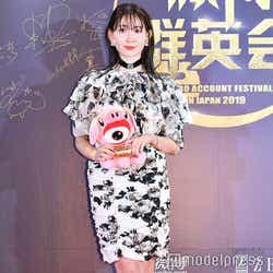 「WEIBO Account Festival in Japan 2019」のレッドカーペットイベントに登場した小嶋陽菜(C)モデルプレス