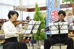 松たか子、松田龍平「カルテット」第1話より(C)TBS