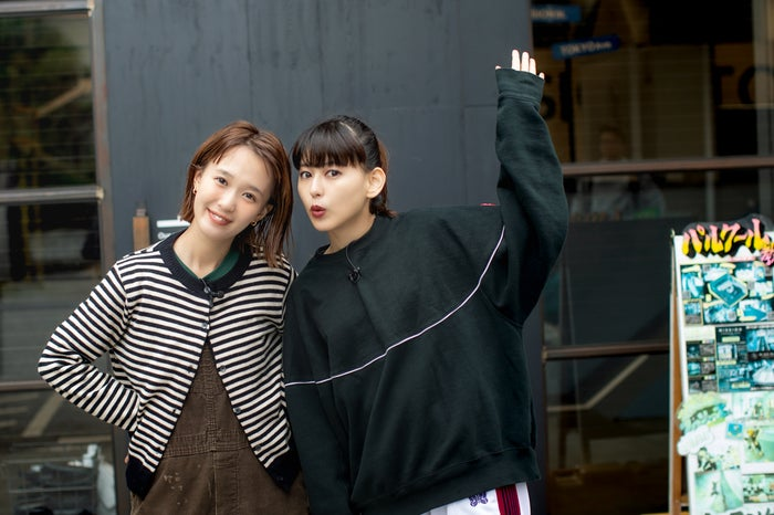 柴田紗希&菅沼ゆり(写真提供:MBS)