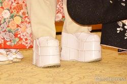 靴(C)モデルプレス