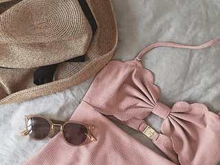 【水着コーデに似合う帽子リスト】かぶるだけでグッとおしゃれ度アップ