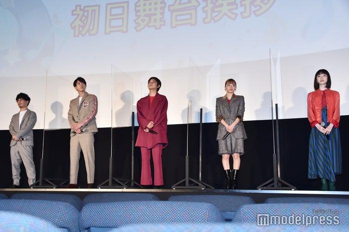 二宮健監督、浅香航大、北村匠海、山本舞香、池間夏海(C)モデルプレス