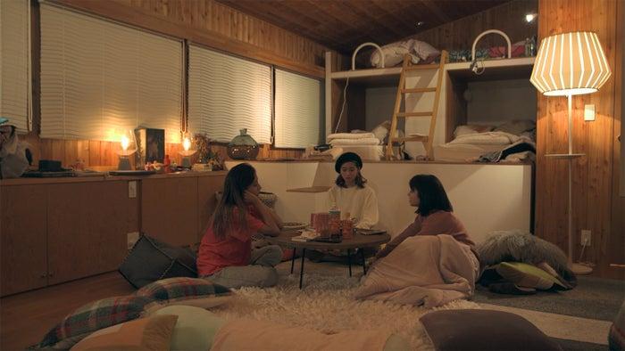 まや、りさこ、優衣「TERRACE HOUSE OPENING NEW DOORS」46th WEEK(C)フジテレビ/イースト・エンタテインメント