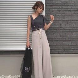 トレンドのワンショルダーで叶えるスタイリッシュコーデ♡ あなたはどう着こなす?