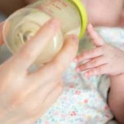 アレを使い始めたら夜中のミルクがラクになった!【ラクに楽しく♪特集】