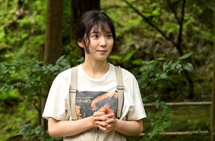 松岡茉優/「おカネの切れ目が恋のはじまり」第2話より(C)TBS