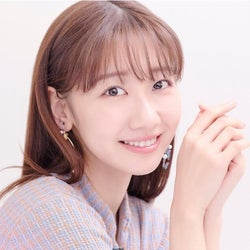 AKB48柏木由紀20代最後の花嫁姿を披露「30歳までに結婚するつもりが30歳までAKB48現役に(笑)」