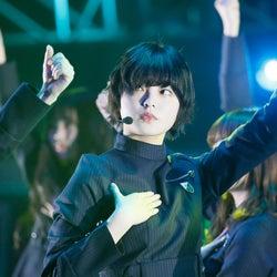 欅坂46、センター平手友梨奈の復帰に感動の歓声 今日一番読まれたニュースランキング【エンタメTOP5】