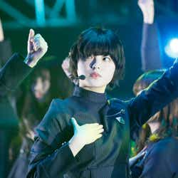 モデルプレス - 欅坂46、センター平手友梨奈の復帰に感動の歓声 7曲披露…圧巻の30分<JUMP MUSIC FESTA>