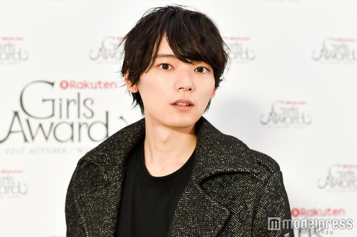 モデルプレスのインタビューに応じた古川雄輝(C)モデルプレス