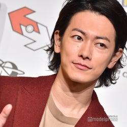 佐藤健、2日連続のキスシーンに反響「ときめきの致死量」「色気と甘さの振り幅に陥落」