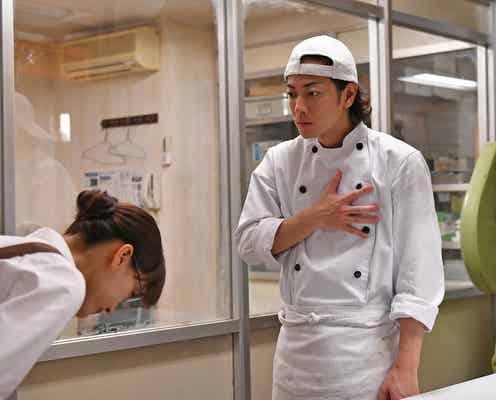 「義母と娘のブルース」麦田(佐藤健)、亜希子(綾瀬はるか)に恋 「愛死照流」パンに反響