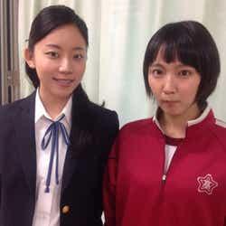 モデルプレス - ショートヘアの吉岡里帆とJKショット 「ごめん、愛してる」大西礼芳が秘蔵写真を公開