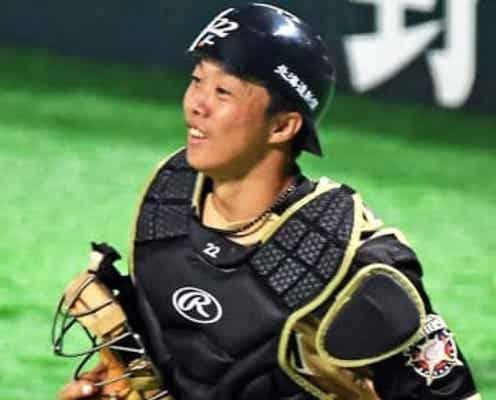 日本ハム鶴岡慎也兼任コーチが来季構想外 現役続行に強い意欲、他球団移籍を模索へ