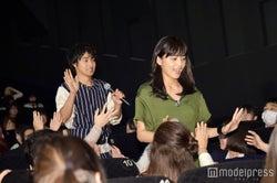山崎賢人、川口春奈(C)モデルプレス