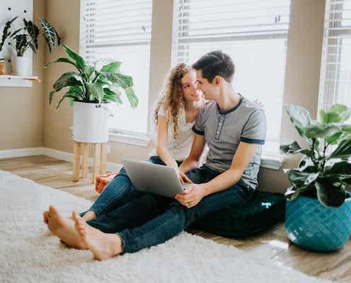 男性が家に「本命女性」を呼ぶとき注意していること4つ