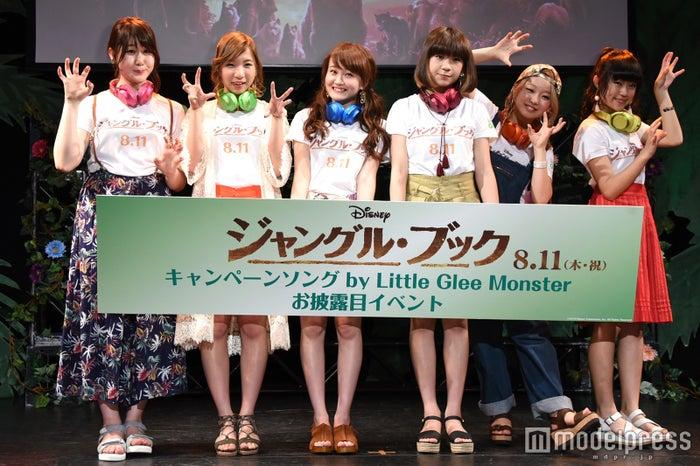 (左から)かれん、MAYU、芹奈、manaka、麻珠、アサヒ(C)モデルプレス