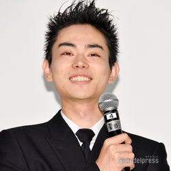 菅田将暉「ずっと泣いていました」 奇才・YOSHIの姿に感激<タロウのバカ>