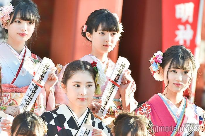 新澤菜央、藤本冬香/AKB48グループ成人式記念撮影会 (C)モデルプレス