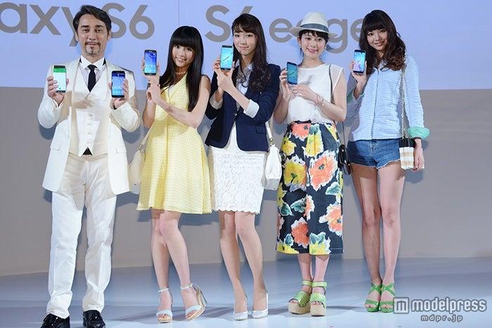イベントの様子(左から)クリスペプラー、志田友美、飯豊まりえ、筧美和子、尾崎美紀