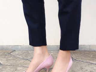 サンダルからパンプスに履き替えよう。「ピンクのパンプス」をコーデのアクセントに♥