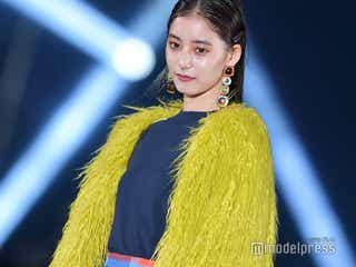 新木優子のクールな眼差しが美しい カラーコーデで魅了<TGC北九州2018>