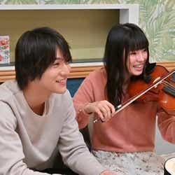 中川大志、小西はる/「G線上のあなたと私」第6話より(C)TBS